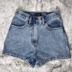 Abercrombie & Fitch Natural Rise Short